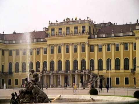 藍色多惱何-The Blue Danube