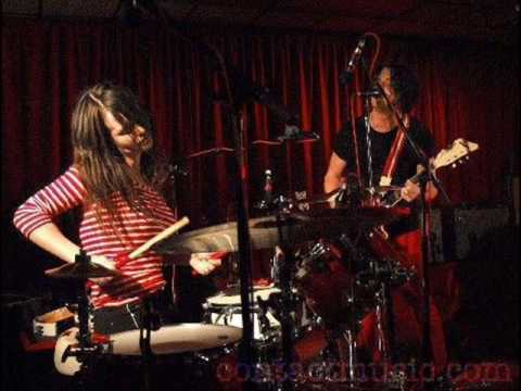 The White Stripes - Walking With A Ghost