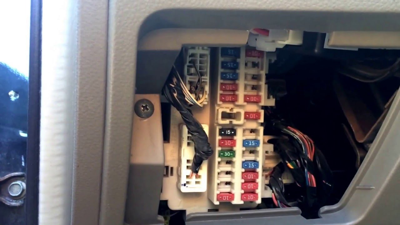 Location Of Nissan Altima Fuse Box Simple Wiring Diagram Options 2013 Toyota Highlander 2003 Youtube Radiator