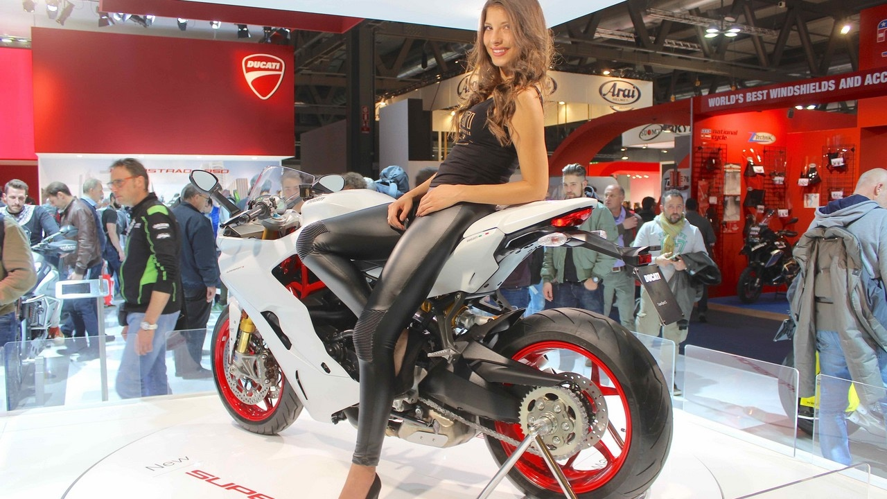 watch now! 2017 ducati supersport specs & reviews - youtube