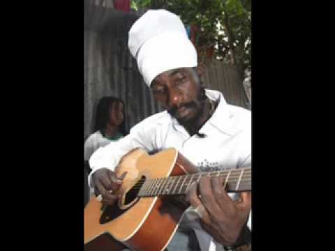 Sizzla - Just one of those days / Dry Cry (Acoustic Version)