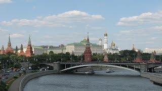Pro a proti: Zemanova návštěva Ruska