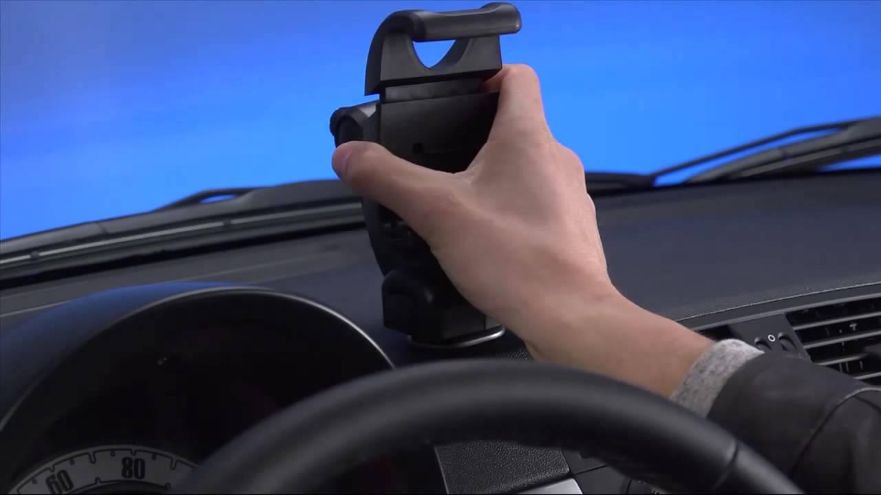 Wonderbaarlijk How To Videos: Installing your TomTom in your FIAT 500 - YouTube BU-69