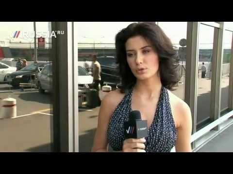 Miss Russia 2009 Sofia Rudieva at the airport