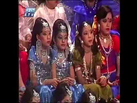 Bengali girl dancing with bangl audio