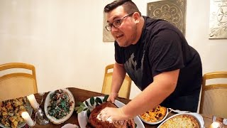 Crazy Roommate Freakout: THANKSGIVING MELTDOWN!!