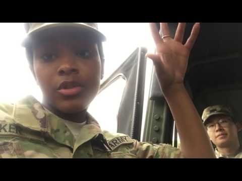 A Day in the Life of a Soldier - Army Vlog #1