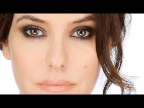 Classic Smokey Eye Tutorial