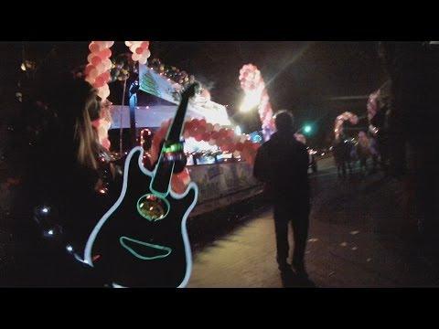 VMIRocks Christmas Float - Modesto Lights Parade 2013