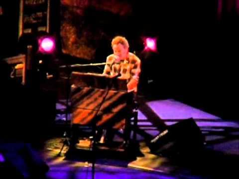 Bruce Springsteen - ACROSS THE BORDER  2005  live