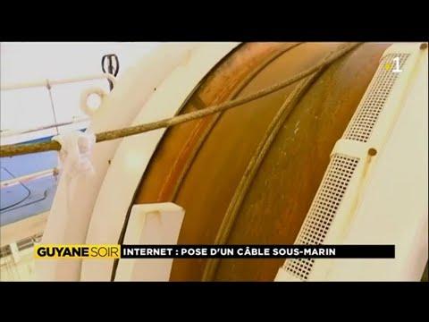 Internet : pose d'un câble sous marin