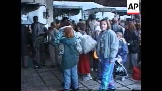 Bosnia - Refugees Begin Return Home