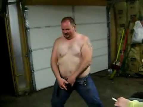 Freddy, Beto, Chewy take a fat dump - YouTube