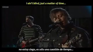 The Black Keys - Gold on the ceiling (inglés y español)