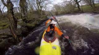 kayaking on the tryweryn in the pyranha 9r