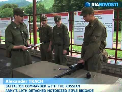 Russian soldiers undergo experimental three-month basic training