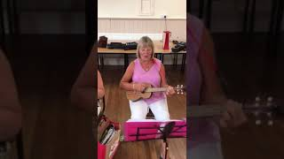 Shelley Over 60's Ukulele Band: 3 Lions (Its Coming Home)