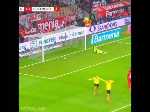 Эмре Джан с фейерверком на 30 м на его первой цели для Дортмунда против Леверкузена 😍😱 -