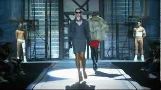 Dsquared² ➤ Fall/Winter 2010/2011 Full Fashion Show Thumbnail