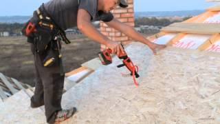 видео Секреты профессионалов: как правильно положить металлочерепицу своими руками, установка стропил, подшив свеса и настил покрытия