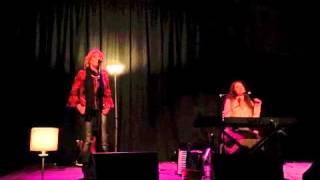 Krista Detor & Mary Dillon - The Coming Winter (Live at Cultúrlann Uí Chanáin 2015)