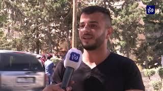 """طلبة امتحان الشامل يعتصمون احتجاجا على أسئلة """"الاختبارات"""" (15/8/2019)"""