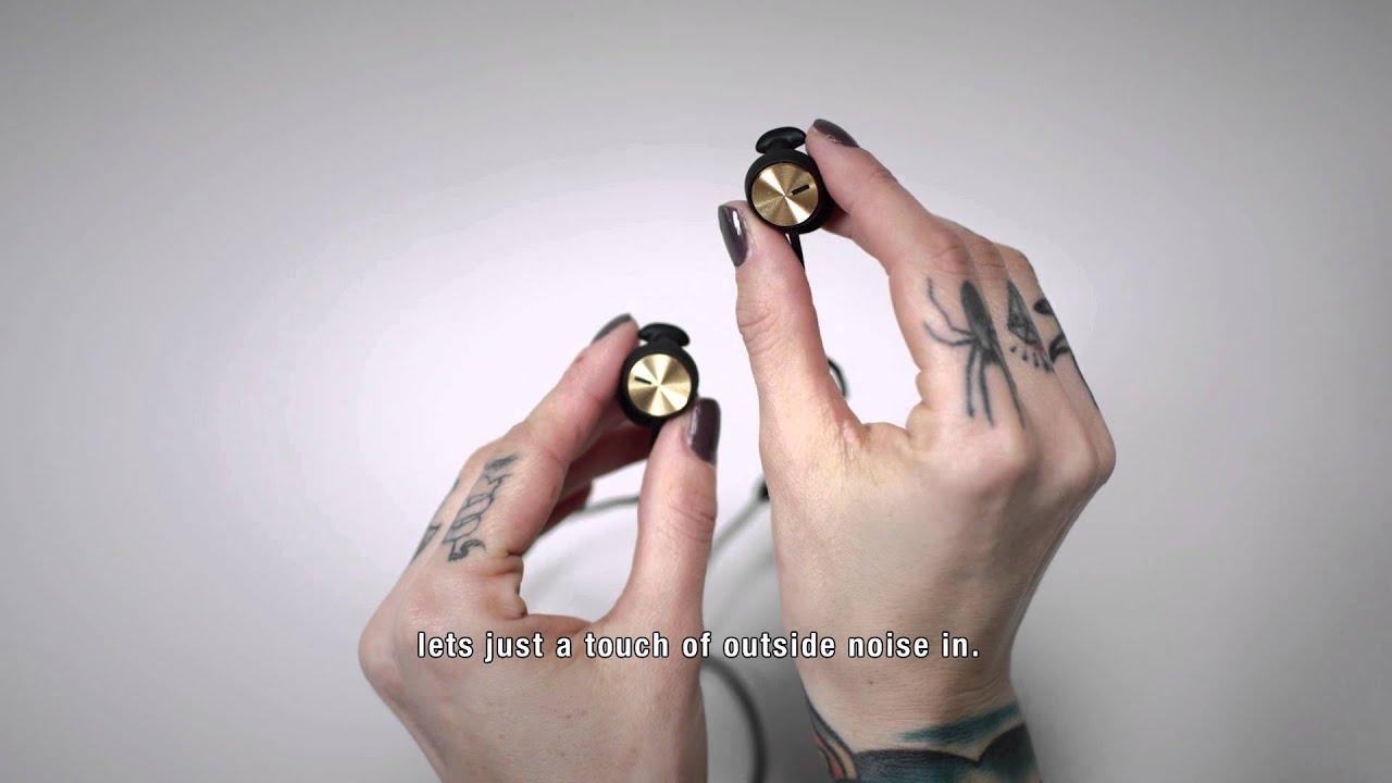 Следующая модель – marshall minor, которая отличается невероятной эргономичностью. Эти вкладыши никогда не покинут ваши уши «без спроса» благодаря уникальной технологии earclick. Звучание minor на высоте: широкая стереопанорама, объемный звук, мощные басы. Наушники выпускаются в.