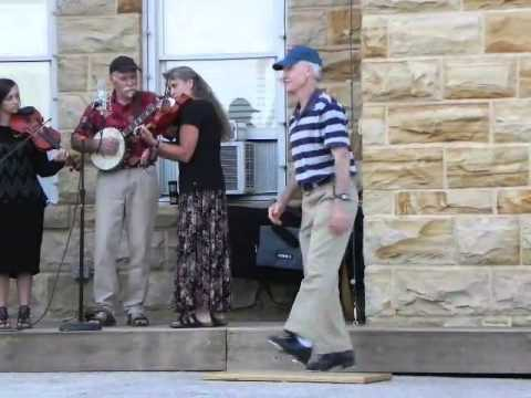 Old time Flatfoot and Buck dancing in Mountain View, AR
