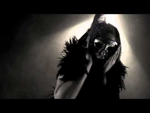 Клип xenia beliayeva - Momentan