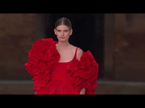Valentino Haute Couture Fall/Winter 2021-2022