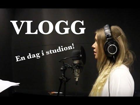 Vlogg  |  En dag i studion!