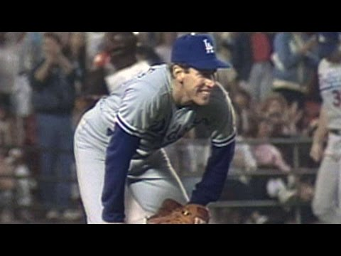 Hershiser sets consecutive scoreless record