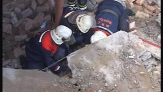 2011 05 11 спасение женщины из под бетонной плиты