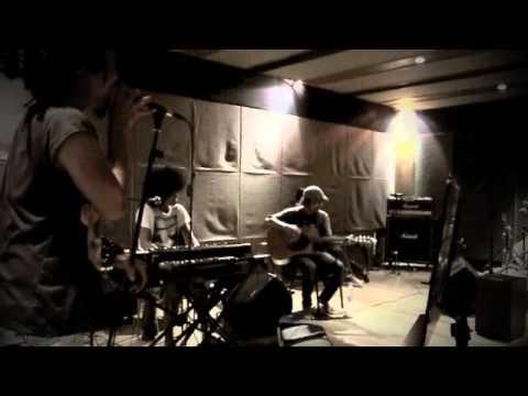 ipanglazuardi-ada yg hilang (acoustic)