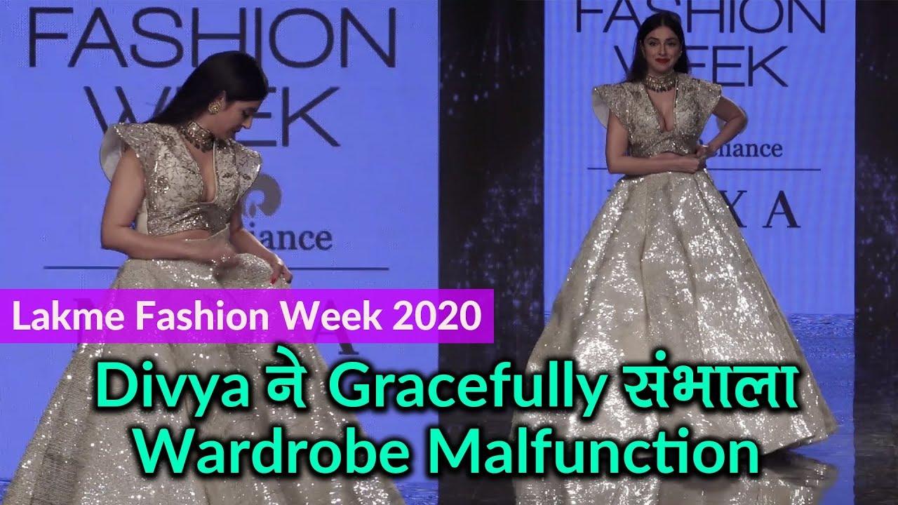 Lakme Fashion Week 2020: Divya Khosla ने Gracefully संभाला Wardrobe Malfunction
