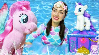 Игрушки для девочек - Май Литл Пони хотят в Парк аттракционов! Видео про игры Сундук Русалки