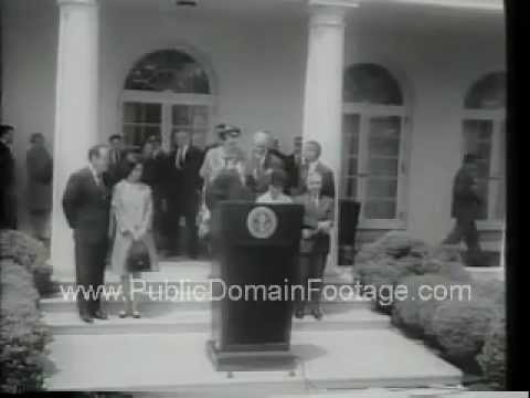 Hirshhorn Museum and Sculpture Garden - Art donated to United States Newsreel
