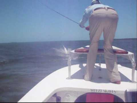 Tarpon Fly Fishing - Crazy Jumping Fish!!!
