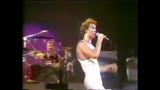 Watch Skyhooks Carlton video