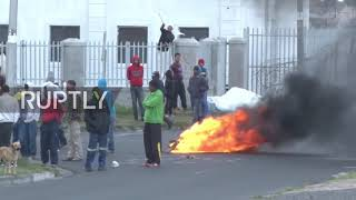 South Africa: Police fire rubber bullets as Cape Town land protests turn violent