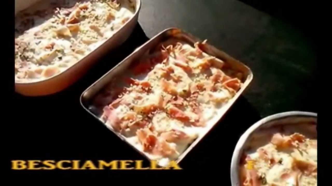come cucinare lasagne e pollo arrosto nel forno a legna