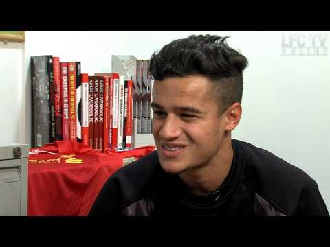 Coutinho learns clichés with Kop Kids