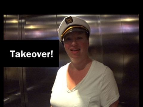 Taking over the Ship! Dinner & Karaoke - Norwegian Escape Cruise Vlog [ep20]