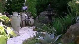 Garten mit mediterranen Akzenten in Deutschland 1.wmv