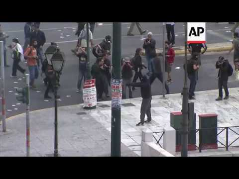 Tear gas and clashes in Athens demo