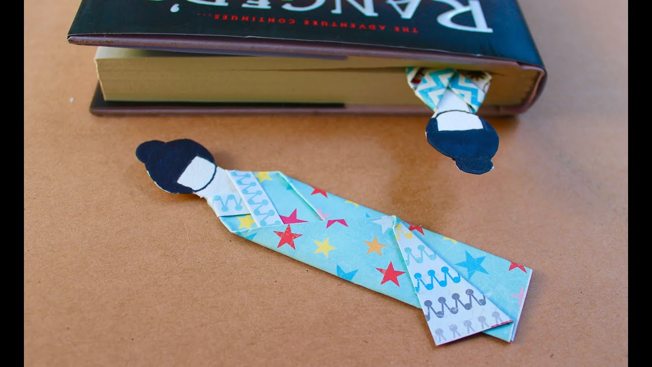 Easy origami craft how to make a japanese doll bookmark for Japan craft