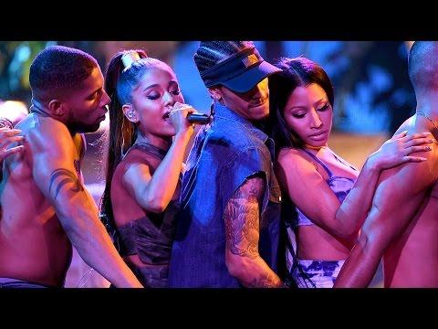 Ariana Grande y Nicki Minaj Encendieron Los AMAs 2016