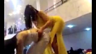 احلي رقص دقني فى كبارية وحركات جنسية مثيرة 2015
