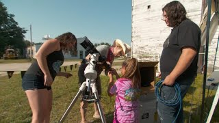 Solar eclipse gives teen scientists a chance to learn