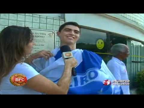 No 'famoso' Raulino de Oliveira, Mel vai atrás de comemoração bizarra de Montillo